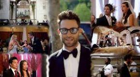 Sugar - Maroon 5: Kejutan Manis Di Pesta Pernikahan
