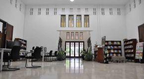 Perpustakaan Bank Indonesia, Surabaya - Perpustakaan Umum Senyaman Perpustakaan Pribadi