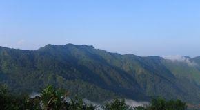 Bukit Pawuluhan: Bukan Bukit Biasa