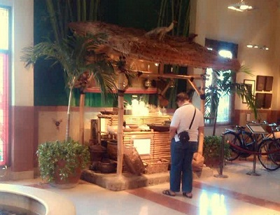 warung kaki lima di house of sampoerna