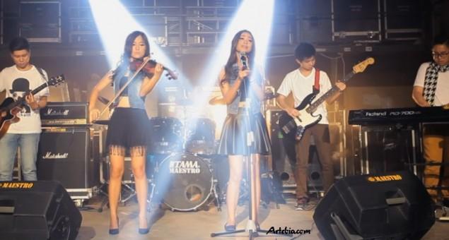 Voici - Duo Multi Talenta Dari Surabaya