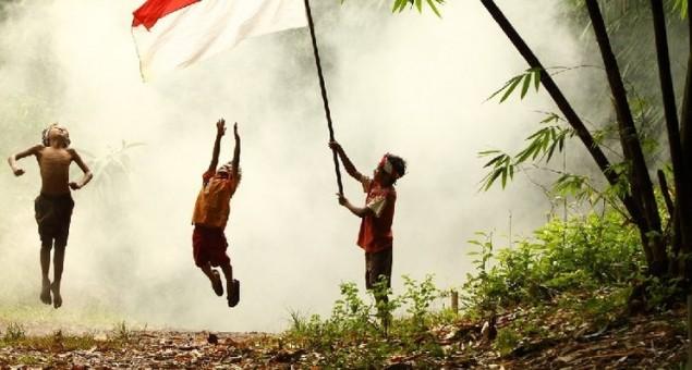 Raga Senja Berjiwa Fajar: Sebuah Renungan Kemerdekaan Untuk Pemuda