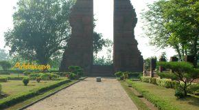 Gapura Wringin Lawang, Mojokerto: Gerbang dari Masa Kini ke Masa Lalu