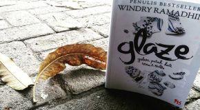 Glaze - Galeri Patah Hati, Cinta, dan Tangis